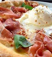 Selfie Social Pizza & Restaurant