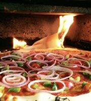 Alfredo's Gelato & Pizzeria