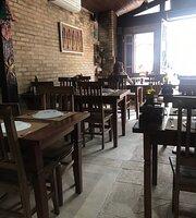 Carmella Restaurante
