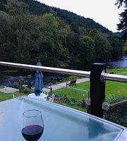 Craig-y-Dderwen Riverside Hotel Restaurant
