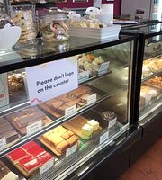 P & G Bakery Cafe