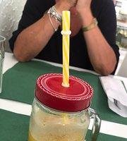Snack Bar Machado
