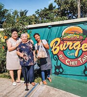 Burger Cafe' by Chef Tan