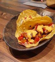 Nomada Street Food And Deli