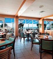 Mangos Restaurant & Tiki Bar