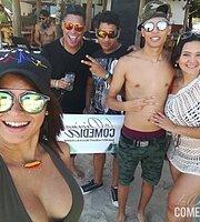 La Divina Comedia Bar Restaurant Beach & Lounge.