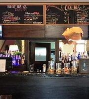 Pierrot Bistró Lobby Bar