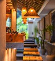 Hideout Lounge