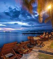 Temple Cafe & Beach
