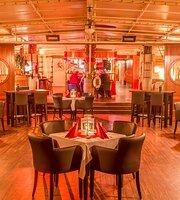 Botel Marina Restaurant