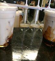 The Coffee Snob