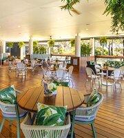 Arnie's Cafe and Bar