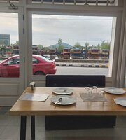 Bistro Boulevard by Pincer Foods