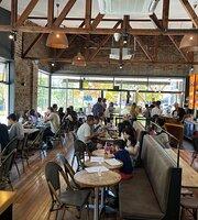 Cafe Leura
