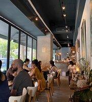 AW Cafe Wine Bistro