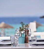 White Bar-Restaurant