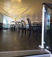 Starbucks Coffee, M25 Cobham Services