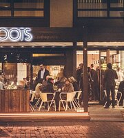 Roots Bar & Rooftop