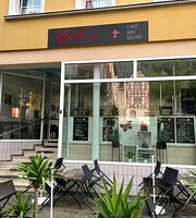 Nali's Café