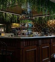 Jungle Cocktail Bar