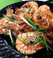 Kusina Seafoods Bar & Restaurant