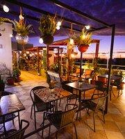 Cafe y Vino Winebar