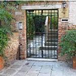 Gaffaro's entrance