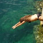 Disfrutan  Enjoy the lake waters
