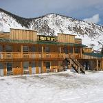 Canyon View Motel in Winter