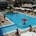 Hotel Bahia del Este Pool
