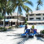The pool, bar, and dining areas (Hotel Playa Esmeralda)