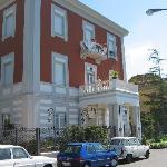 Villa  Garden Hotel
