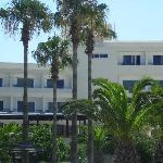 The hotel DOME BEACH