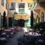 Courtyard and al fresco dining