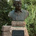 bust of Will Rogers