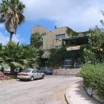 Shoresh Hotel