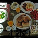 The club breakfast included in the club room rate