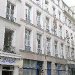 Window View - Hotel du Palais Bourbon Photo