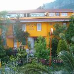 Mandal-Inn Hotel Photo