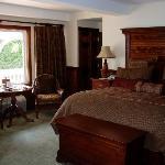 Lake Cottage room