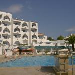 tropical sol apartments