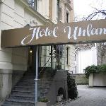 Hotel Uhland entrance