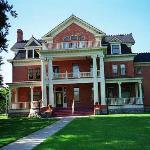Turner-Dodge House & Heritage Center