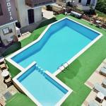 Pool at Sofoa's