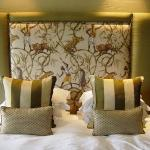 Palm Suite bed