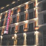 facade of the hotel, near Plaza Mayor