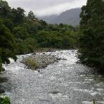 Orosi River Valley  ( El Valle del Rio Orosi )照片