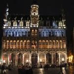 Grand Place at Night (2004)