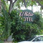 El Patio Motel Photo