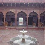 The central courtyard at Chandra Mahel Haveli